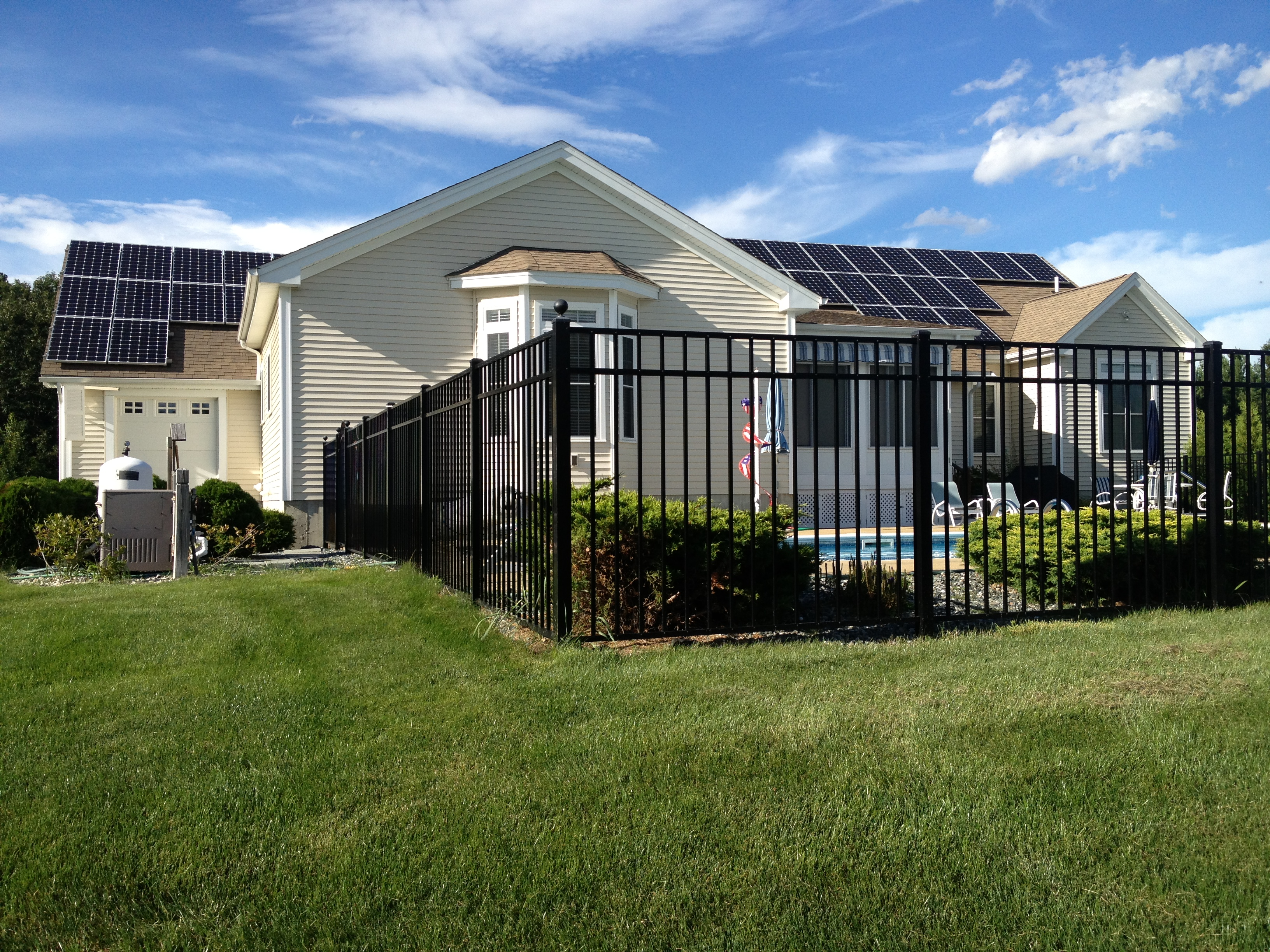 Concord Resident Installed A 9 275 Kw Solar Array On His