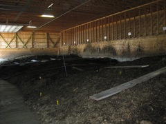 The facility produces high-quality compost and heat capture, thereby reducing the use of fossil fuels on the farm.