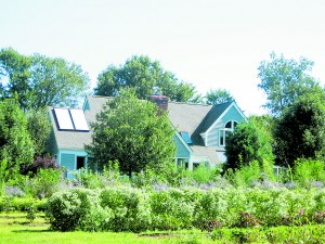 Chardes House High Meadow Farm with a solar thermal (hot water) system on the roof in Warwick New York. Courtesy of NYSES.