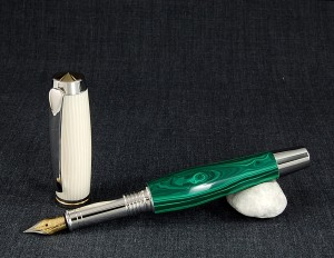 The cap of this fountain pen was made of galalith, a milk-based plastic invented in the 1890s. At one time, it was one of the least expensive plastics available. Photo by 76Winger. Creative Commons Attribution-Share Alike 2.0 Generic license. Wikimedia Commons.