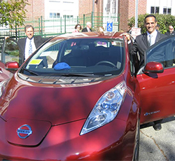 Somerville, Massachusetts, Mayor Joseph Curtatone (right) at a 2014 National Drive Electric Week event. Photo by Gina Coplon-Newfield