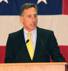 Peter Shumlin. Community College of Vermont photo. CC BY-SA 2.0 Generic