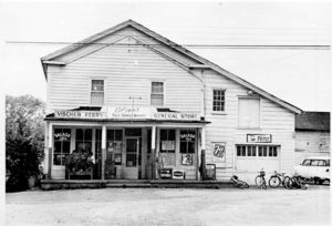 The original Olsen's General Store in Vischer's Ferry, New York holds many memories for the locals. Photo: Flickr, picssr.com.
