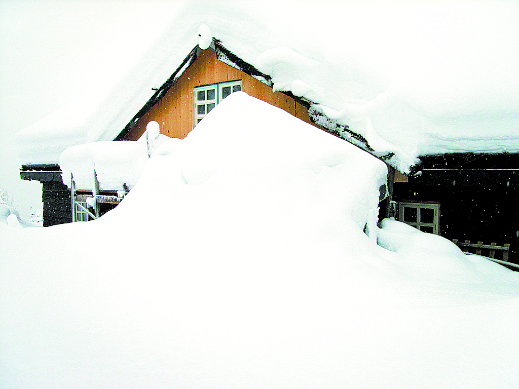 Snow Loads Vs Insulation 171 Green Energy Times