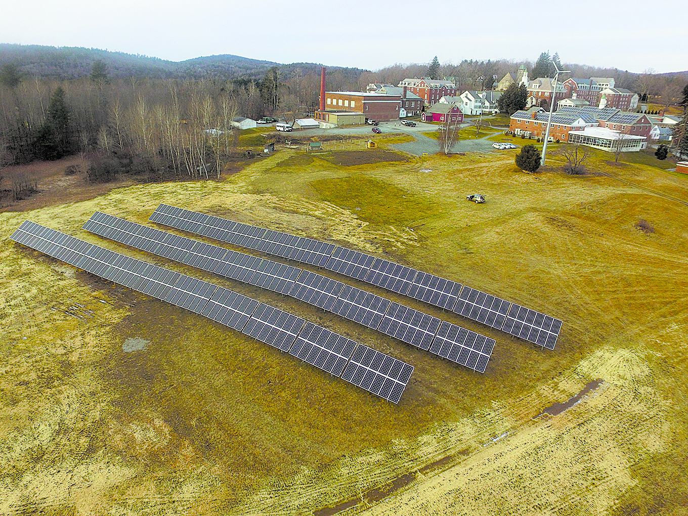 Kimball Union Academy's ground-mounted solar array - Meriday New Hampshire