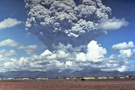 Mount Pinatubo erupting (United States Geological Survey image)