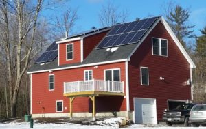 Zero-energy home built by Homes for a Lifetime, LLC with a 7kW solar PV array in Weare, New Hampshire. Photo courtesy Bruce Fillmore.