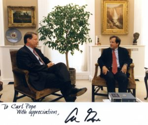 Carl Pope meets with then Vice President Al Gore at the WhiteHouse, 1996. (Presidential Materials Division, National Archives, and Records Administration)