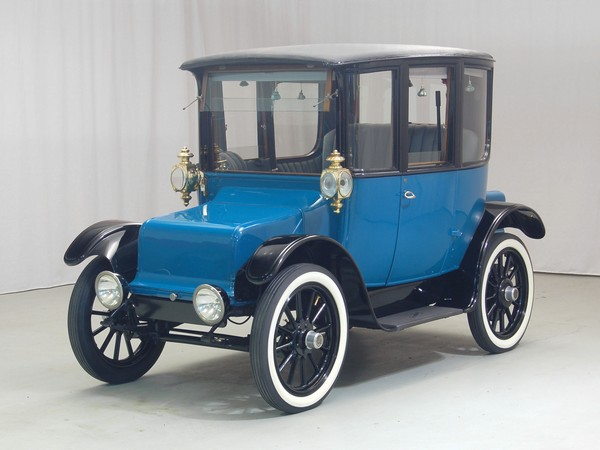 1919 Rauch & Lang electric car