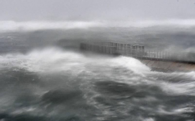 Irma at Boynton Beach (Jim Rassol | South Florida Sun-Sentinel via AP)
