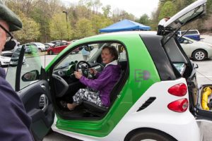 Barbara Duncan checks out a Smart EV at the 2014 Montshire EV event. Photo: Dave Roberts.