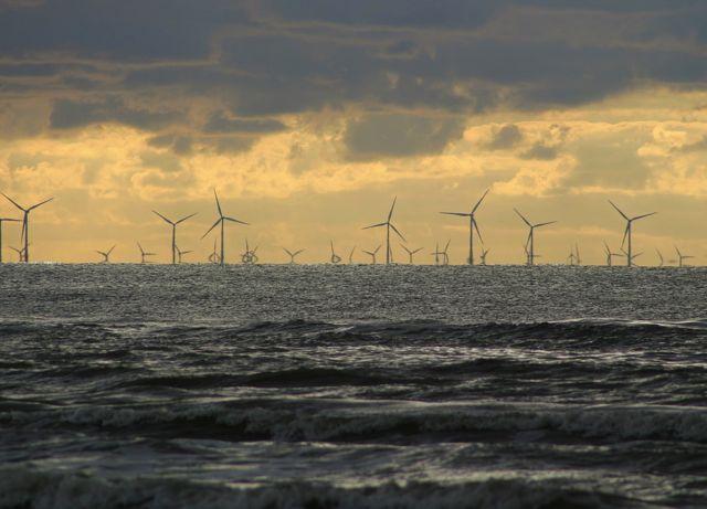 Offshore wind farm (Pixabay image)