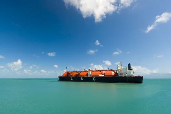 Liquefied natural gas ship (Photo: donvictori0 | Adobe Stock)