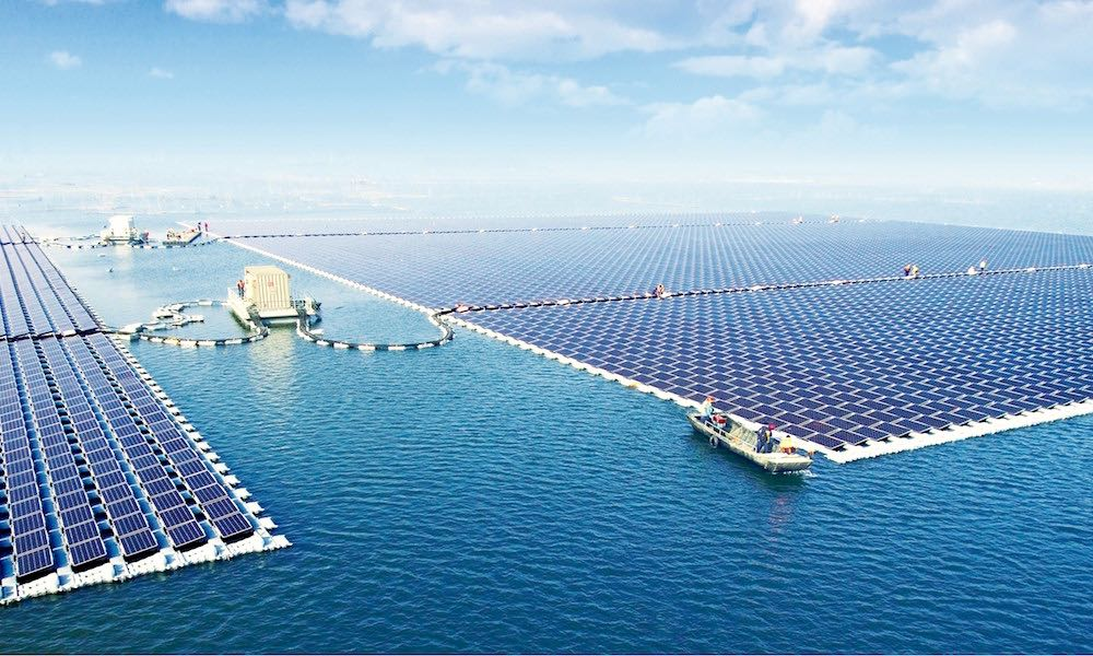 Floating solar plant in China (Sungrow image)