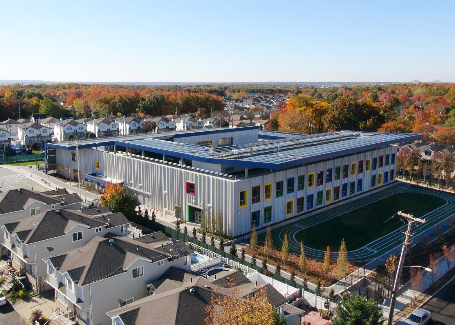 The Kathleen Grimm School for Leadership and Sustainability, New York City's first net-zero energy school building on the south shore of Staten Island. Image: www.arch2o.com.