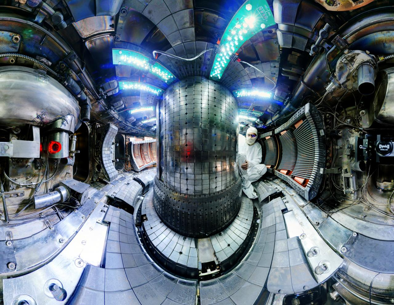 Fusion experiment at MIT (Bob Mumgaard | Plasma Science and Fusion Center | Handout via Reuters)