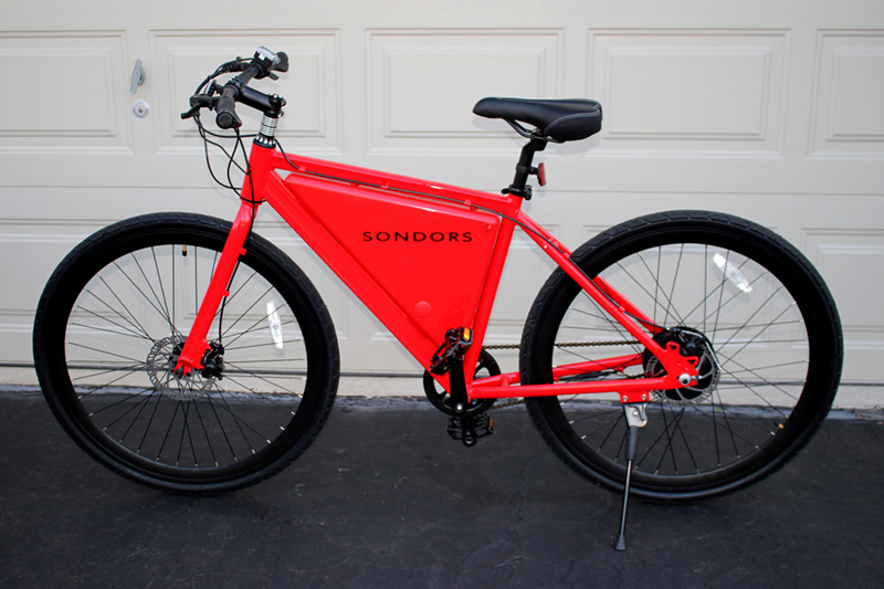 If you factor in the carbon emissions associated with producing and delivering the extra food required to feed a rider of a conventional bicycle, charging up an e-bike from your grid-based electrical outlet may be better for the environment. Credit: Joe Haupt, FlickrCC.