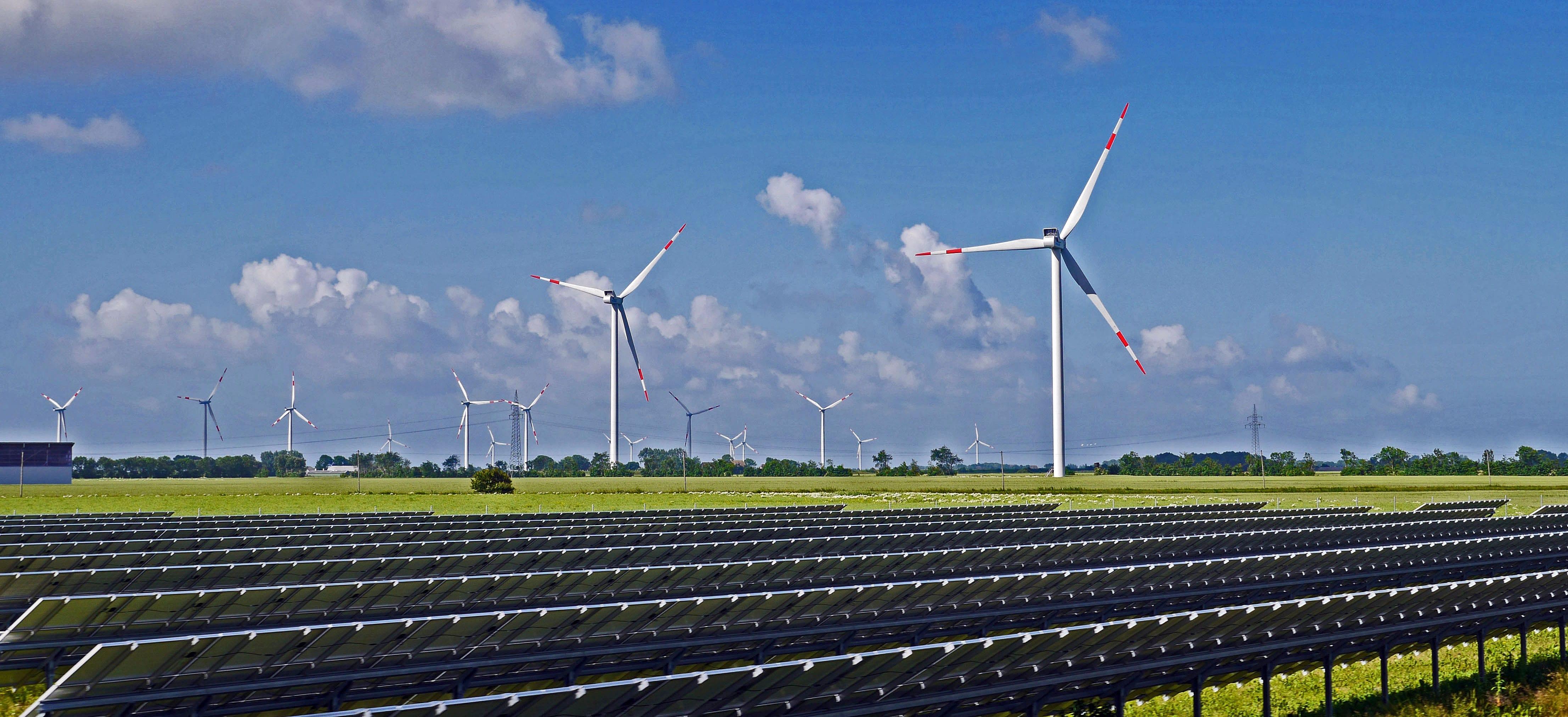 Image: Solar and Wind Park. Pixabay.com